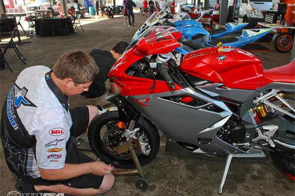 Moto technician  - Job representing image